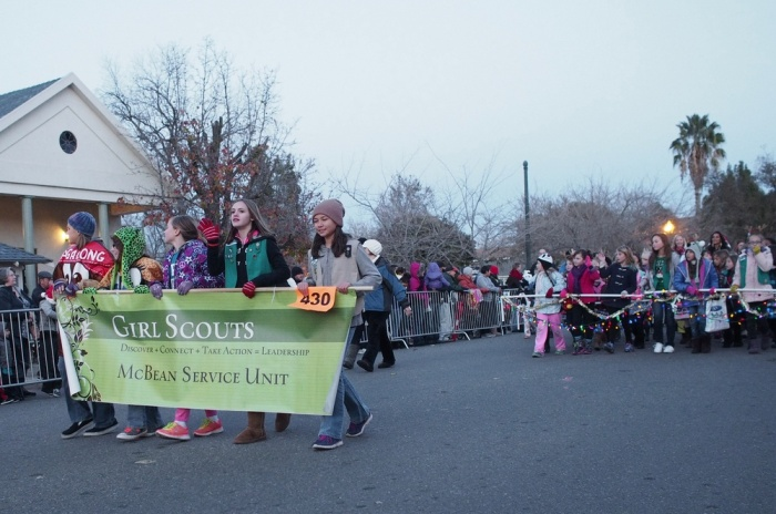 Holiday_Parade_2013_005